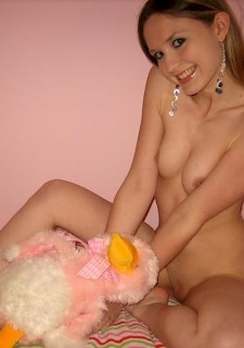 Little blonde teen play with pink pussy