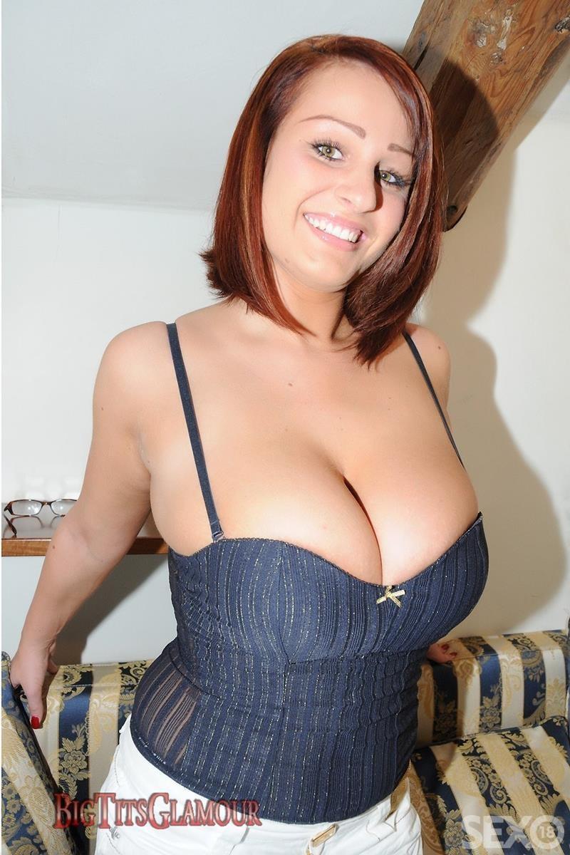 Nude girls image hosting